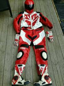 Full set motorcycle leathers, boots and helmet