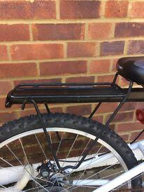 Black medium sized bag holder for bike