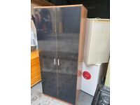 BLACK WOODEN WARDROBE IN EXCELLENT CONDITION WITH SHLEVE LOTS OF STORAGE