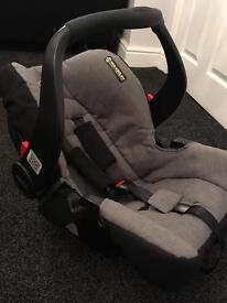 Graco snugsafe Group 0+ car seat in slate grey (base available for extra)
