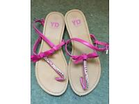 Size 4 pink sandals