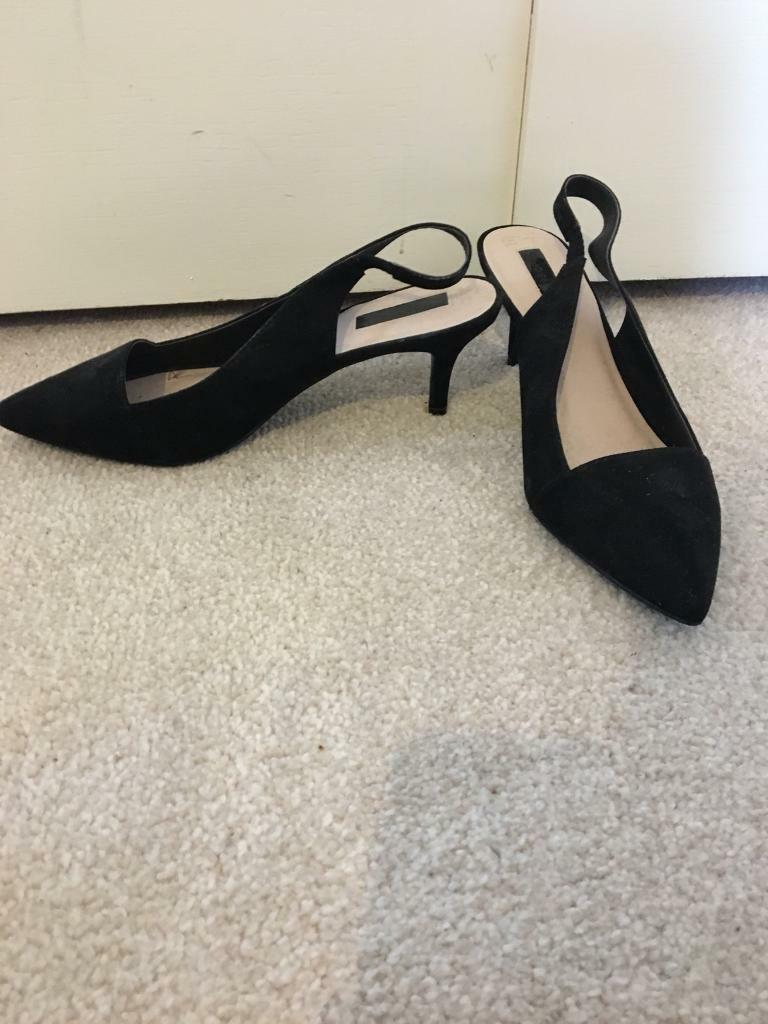 BN Black Slingback Peep Toe Shoe