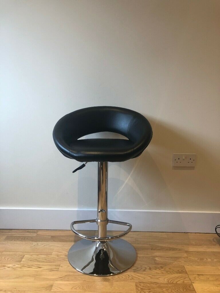 Fine Dwell Retro Circles Bar Stool Black In Wembley London Gumtree Caraccident5 Cool Chair Designs And Ideas Caraccident5Info