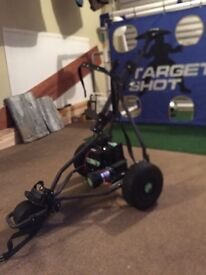 Green hill electric golf trolley like new holds clubs