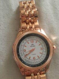 Mabz London unisex gold watch