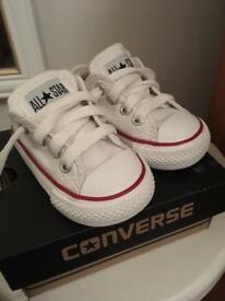 Brand New Infant Converse All Star Low Size 3