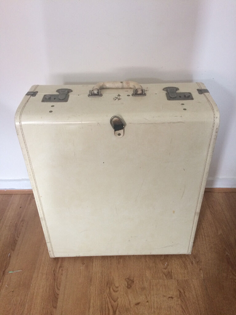 VINTAGE Cream Suitcase Trunk | in Brislington, Bristol | Gumtree