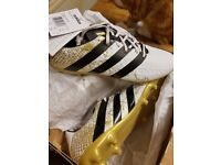 Football boots - brand new with tags size 10 suitable for year 9 to 12 year olds