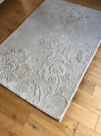 Rug - Laura Ashley Floral natural wool rich