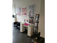Treatment room and space to let/ For Nail technician,massage,beauty and hairdresser chair.