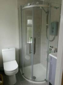 BOXED BRAND NEW FRAMELESS SHOWER ENCLOSURE + TRAY