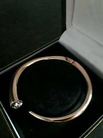 Beautiful Rose gold Tone AUGUST WOODS Braclet(New)