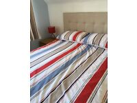 Kingsize duvet cover , pillowcases, eyelet curtains, bedside lamps to match