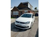 VW Polo SE 1.2 TSI BlueMotion 90 PS Stop/Start engine in White. 5sp Manual