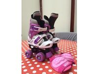 Kids roller skate boots adjustable nearly new.