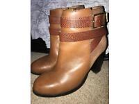 Top shop lady's boots size 3