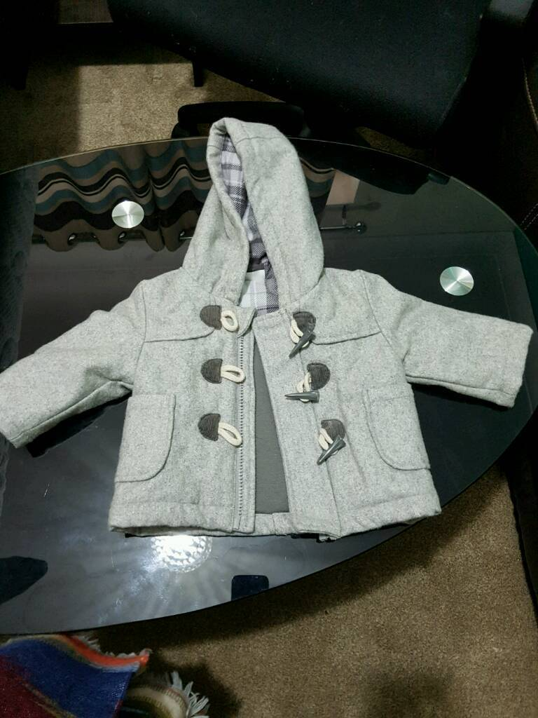 3-6 months boys coat - as new