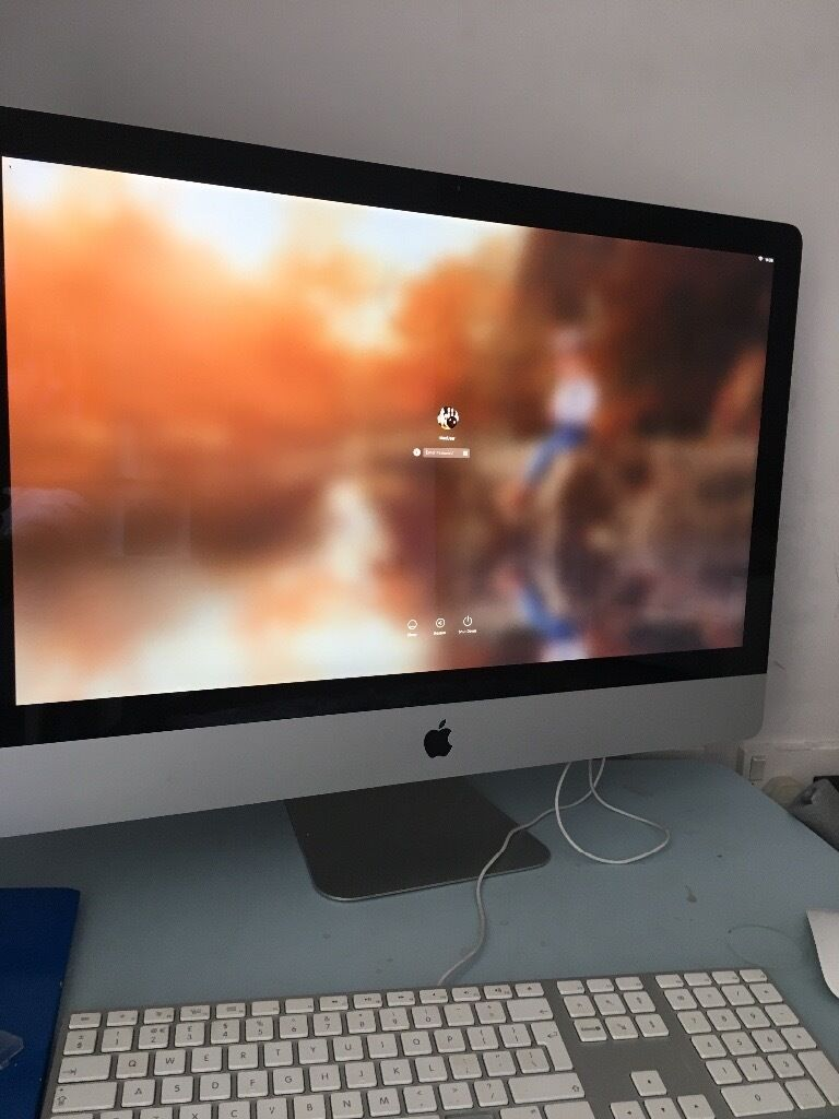 "iMac 27"" late 2009 model 16GB Memoryin Paisley, RenfrewshireGumtree - Amazing computer with huge screen. Memory has been upgraded to 16GB so plenty of storage for pictures, games & movies etc"