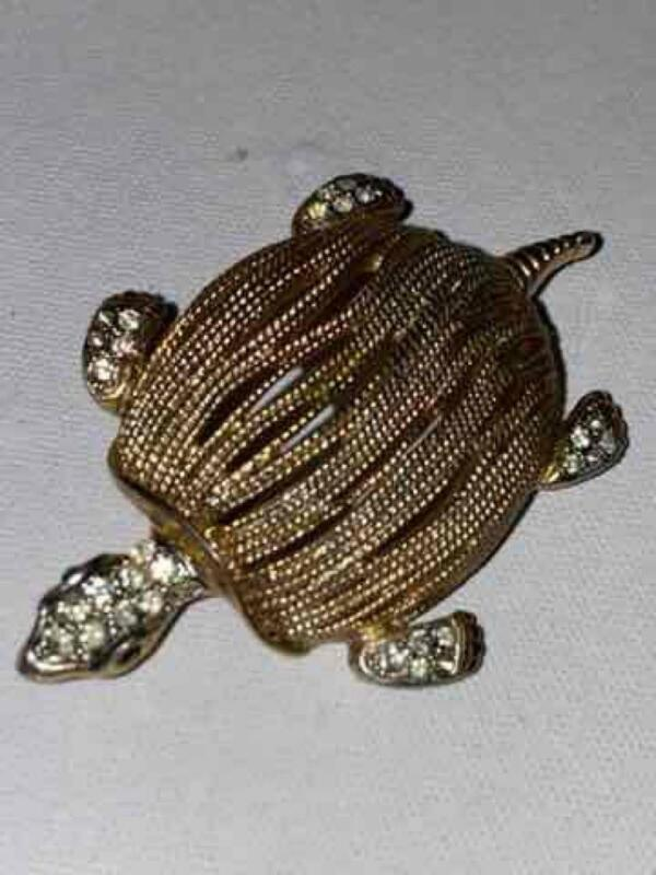 Vtg Gold Plated TURTLE PIN/BROOCH, SIGNED BRAF.. - Costume Jewelry