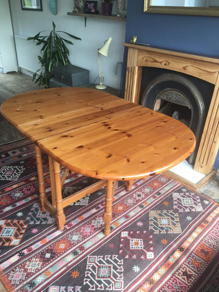 SOLID PINE WOOD FARMHOUSE DINING TABLE