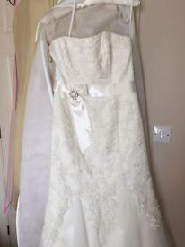 Ivory Wedding dress size 16 but more of a 14