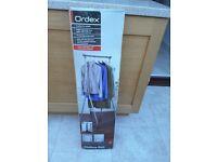 Folding clothes rail