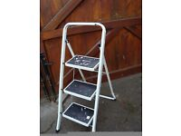 STEP LADDERS 3 RUNG CAN BE FOLDED FOR STORAGE £5