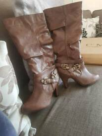 New look boots size 3