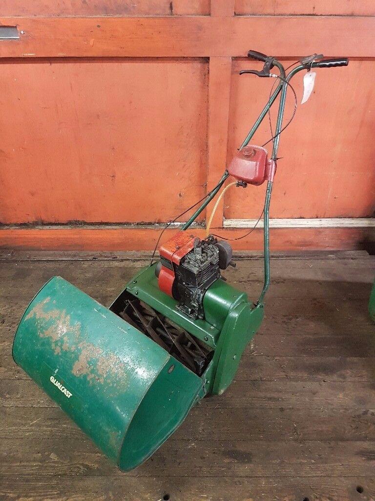 Qualcast Suffolk Punch 17 Inch Petrol Cylinder Mower
