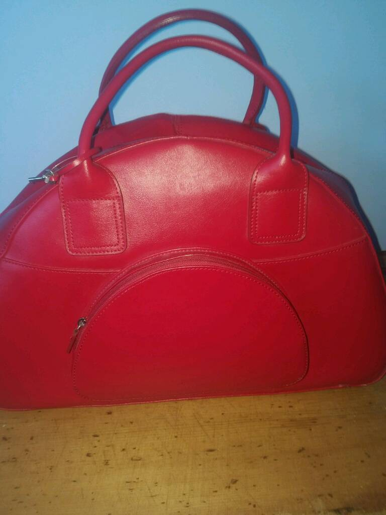 Marks And Spencer Pure Leather Overnight Bag In Broughty Ferry Dundee Gumtree
