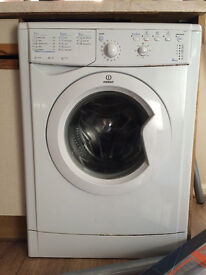 INDESIT WASHING MACHINE (perfect condition)