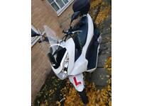 very good condition white Honda pcx 125