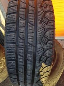 4 PNEUS HIVER - PIRELLI 205 60 16 - 4 WINTER TIRES