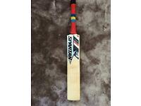 Brand New Spartan Cricket Bat - 2.8 oz