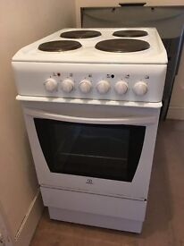 INDESIT ELECTRIC COOKER in good working order