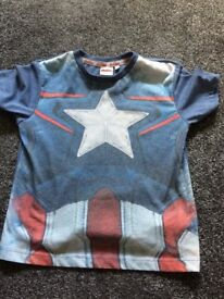Marvel captain America boys Tshirt age 4/5 years