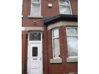 6 DOUBLE ROOMS - EVERY ROOM HAS ENSUITE!! - Rippingham Road - ideal for students academic year 17/18