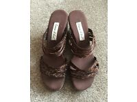 BROWN WEDGE SANDALS SIZE 6 (NEW) - NEVER BEEN WORN