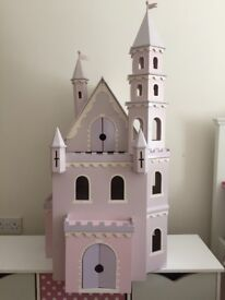 Enchanting wooden dolls house castle, furniture & family