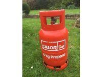 6KG propane gas bottle. FULL