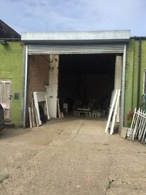TO LET - LARGE WAREHOUSE