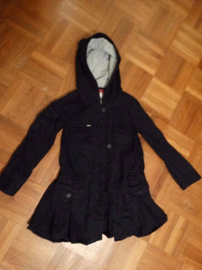 Marks & Spencer girl's lightweight coat - black 5-6 yrs