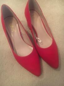 Lotus red shoes - size 3