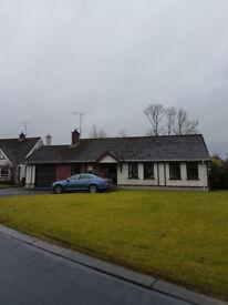 3 Bed Detached Bungalow to rent Eglinton Village