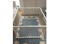 Combelle Playpen White