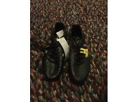 Adidas moulded football boots - new/unworn Size 5 1/2