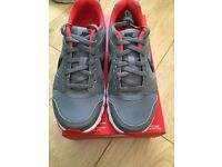 Nike air motion trainers