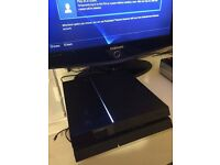 PS4 MINT BOXED WITH 5 GAMES
