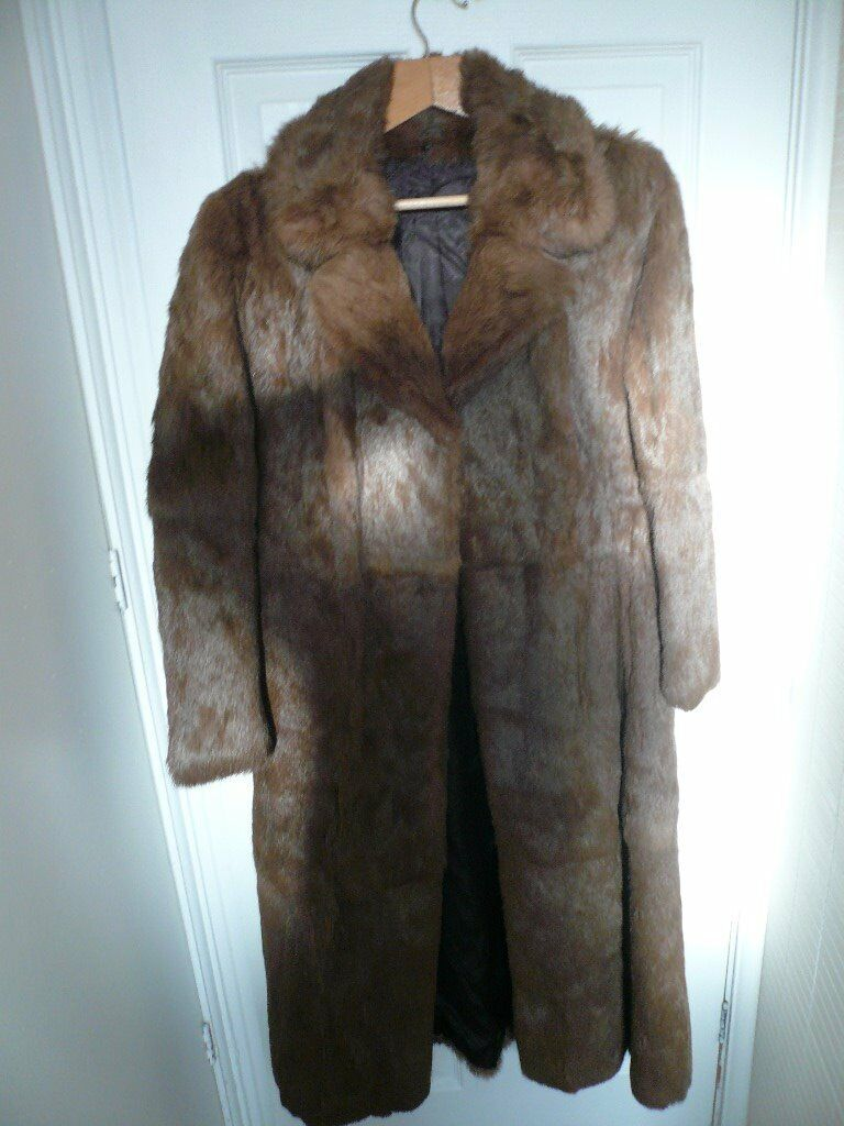 LADIES GENUINE VINTAGE REAL CONEY FUR COAT SIZE 10-12