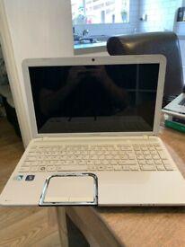 Toshiba Satellie L850 laptop 240gb SSD 8gb ram 15.6inch screen